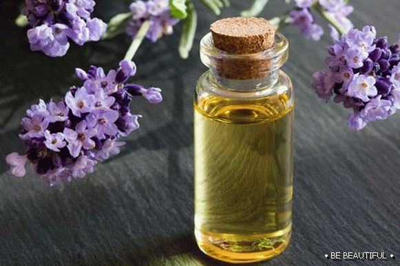 tea tree oil and lavender oil with almond oil